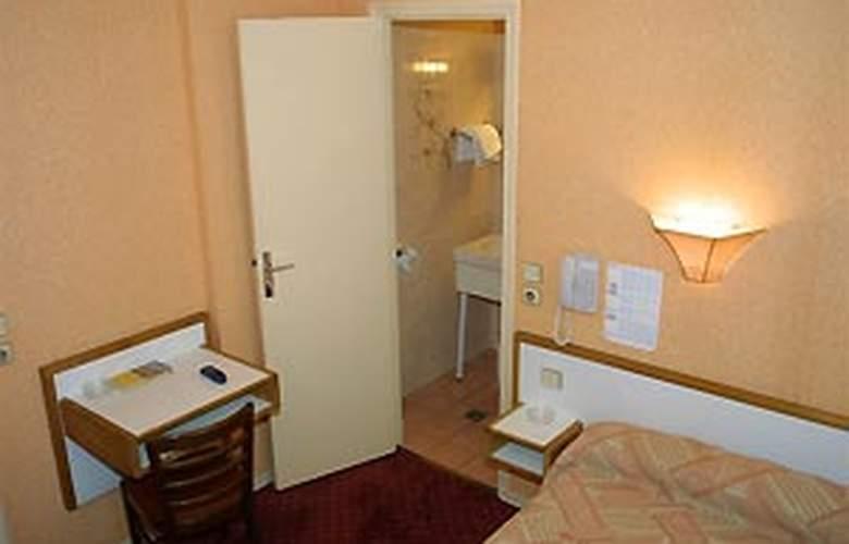 Little - Room - 4