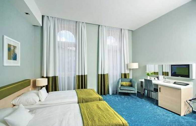 Atrium Fashion Hotel - Room - 3