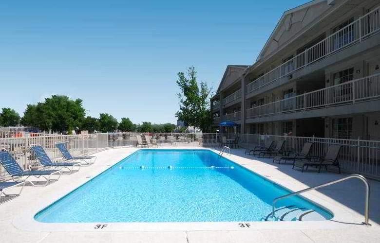 Comfort Inn Downtown - Nashville - Pool - 5