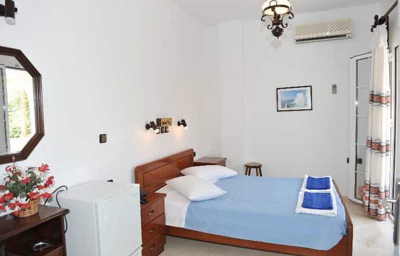 Black Sand Hotel - Room - 13