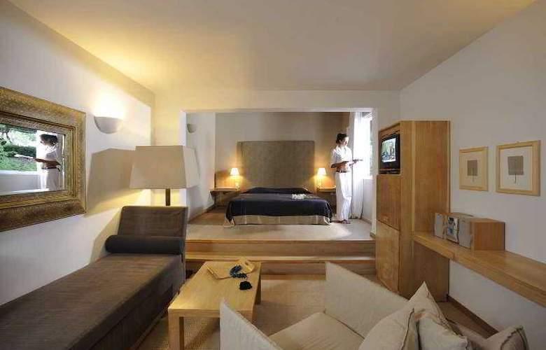 Minos Beach - Room - 15