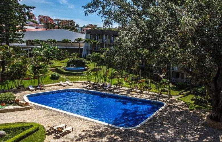 Best Western Irazu - Hotel - 33