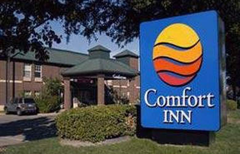 Comfort Inn by the Galleria - Hotel - 0