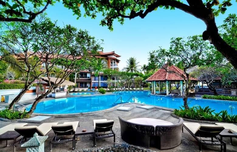 Sol Beach House Bali Benoa - Hotel - 11