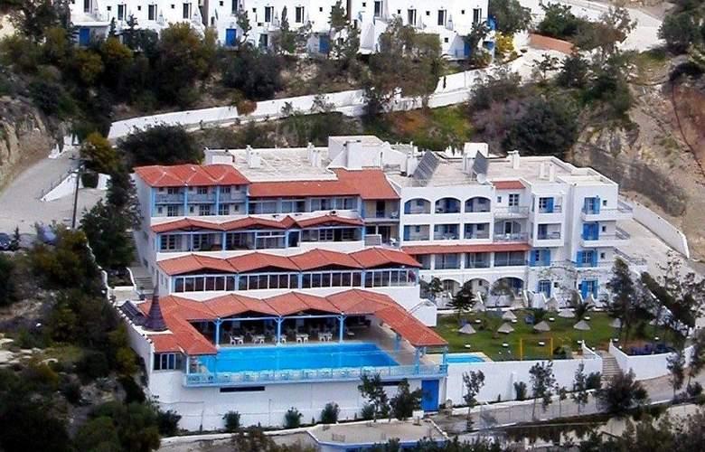 Eden Rock Village Hotel - Hotel - 0