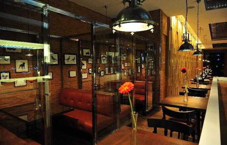 Radisson Ciudad Empresarial - Restaurant - 6