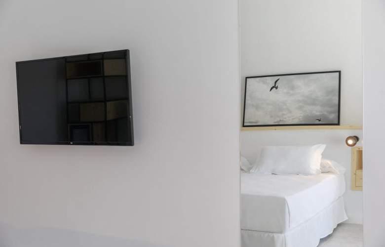 HM Ayron Park - Room - 22