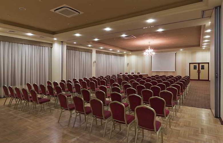 Warminski - Conference - 19