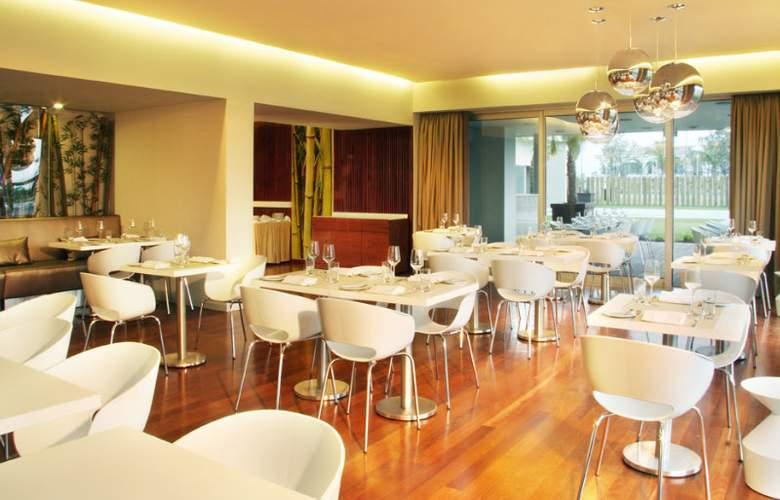 Aqualuz TroiaLagoa Suite Hotel Apartamentos - Bar - 16