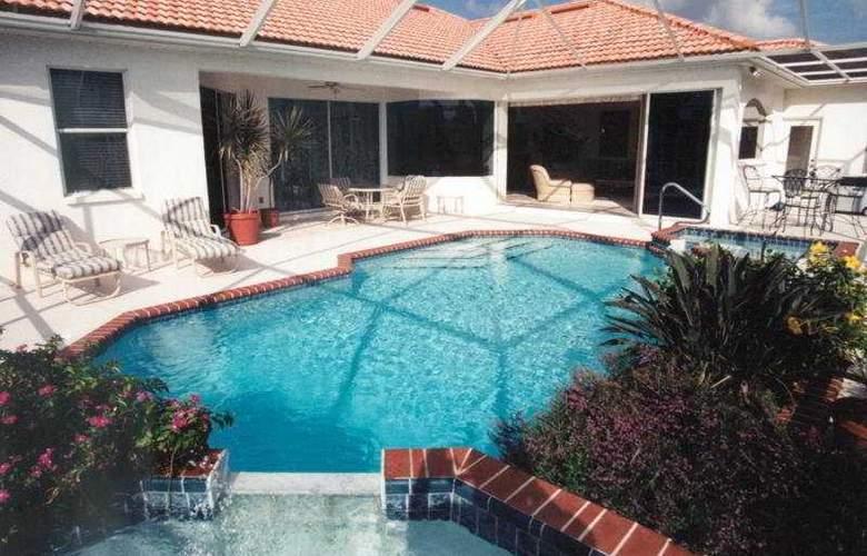 Gulf Coast Holiday Homes Port Charlotte - Pool - 5