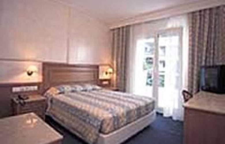 Noufara - Room - 4