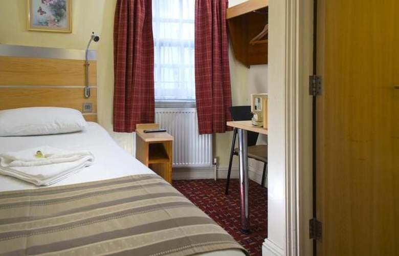 St. Georges Inn Victoria - Room - 4