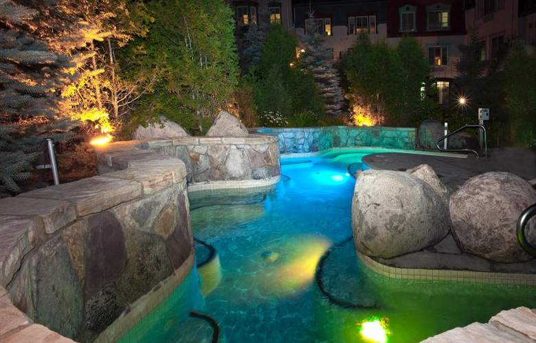 Homewood Suites by Hilton Mont-Tremblant Resort - Pool - 21