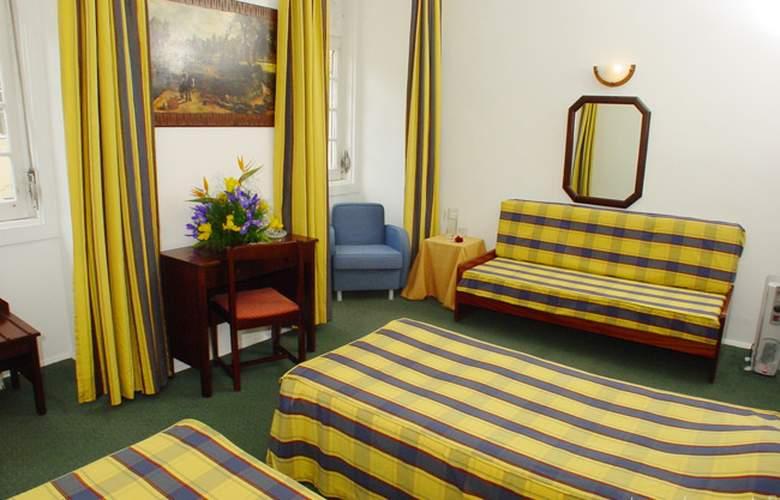 Duas Nacoes - Room - 2