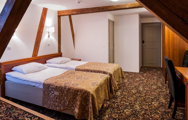 Three Crowns Residence - Room - 6