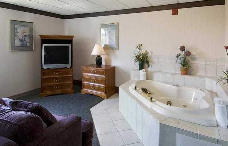 Hampton Inn Winchester - Room - 1
