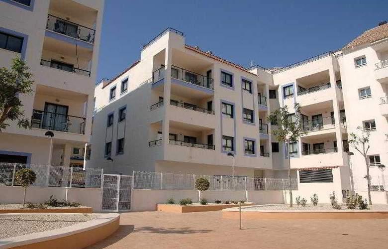 Realrent Calamora - Hotel - 0
