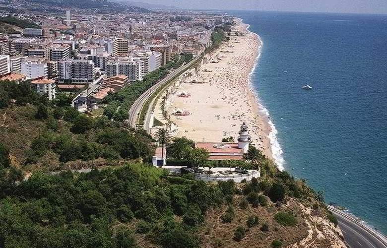 Mediterrani Express - Beach - 3