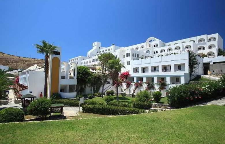 Azka Hotel - Hotel - 1