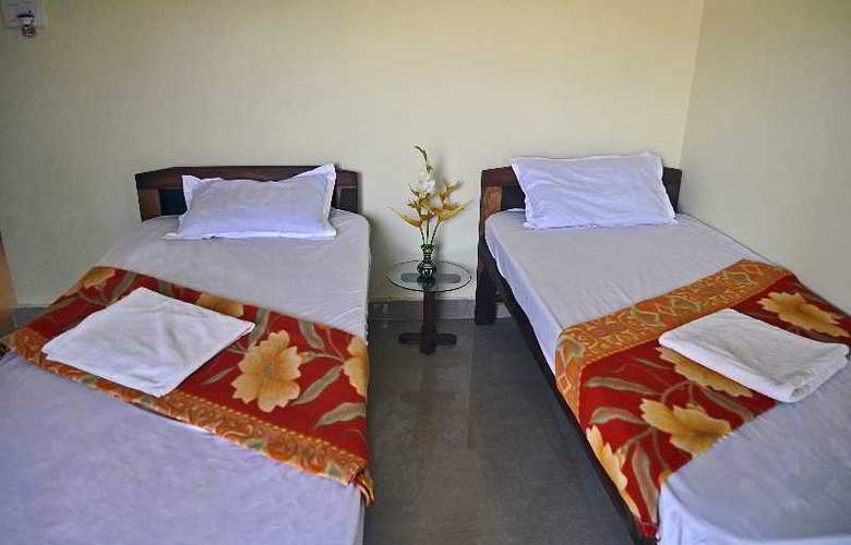 Oasis Beach Resort - Room - 4