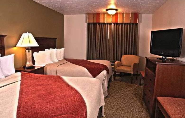 Best Western Town & Country Inn - Hotel - 16
