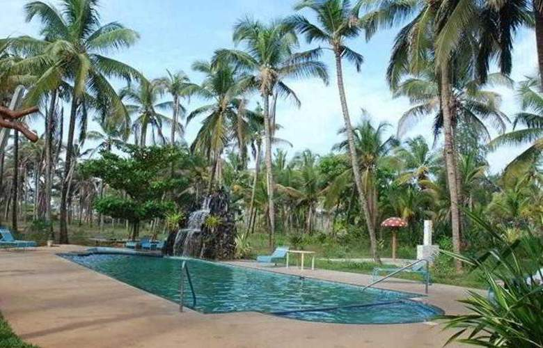 Ala Goa Resort - Pool - 17