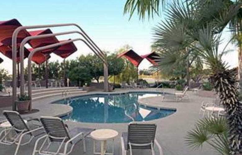 Hilton Tucson East - Pool - 2