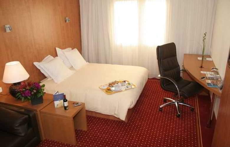 Quality Suites Bordeaux Aéroport & Spa - Room - 1