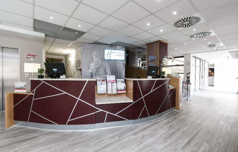 Holiday Inn Express Rome San Giovanni - General - 1