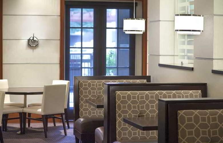 Sheraton Suites Houston near the Galleria - Restaurant - 38