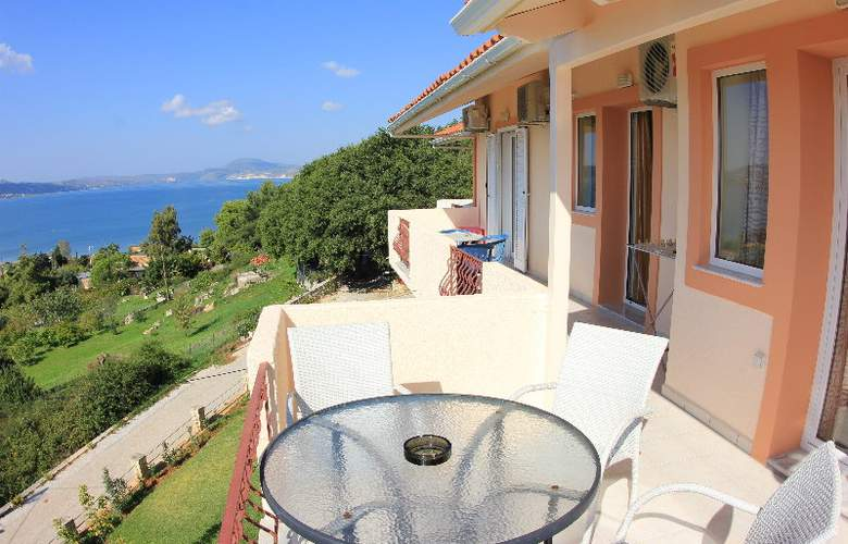 Panorama Fanari Studios & Apartments - Hotel - 17