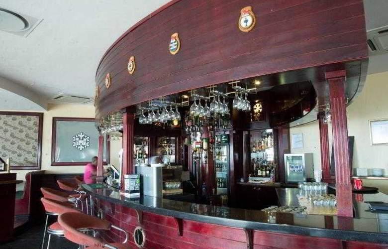 Premier Hotel Regent - Bar - 14