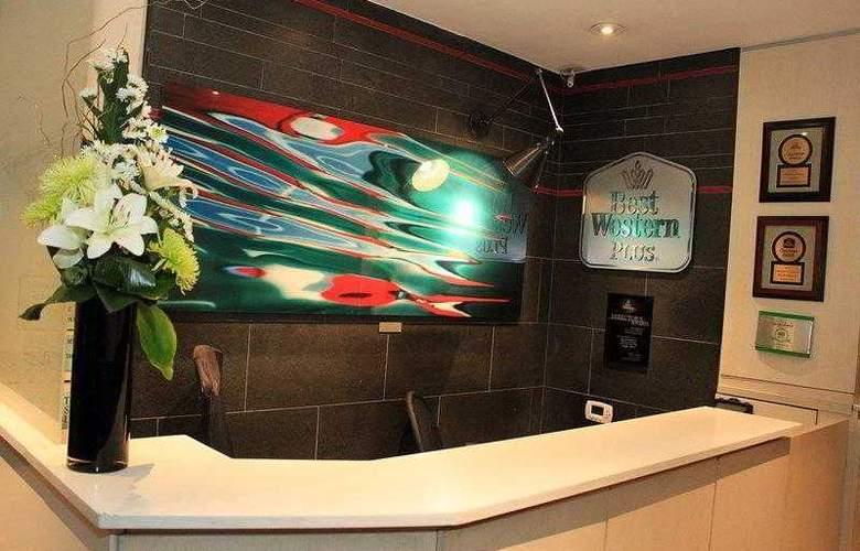Best Western Plus Hospitality House - Apartments - Hotel - 13
