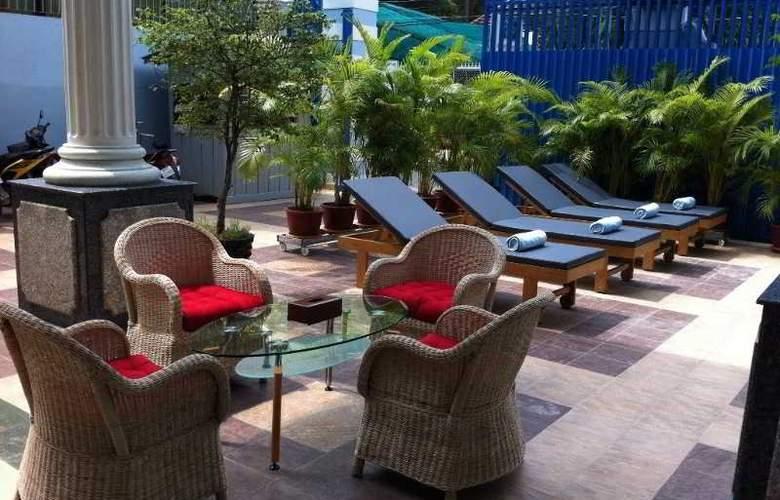 Lotus Luxury Villa - Pool - 8