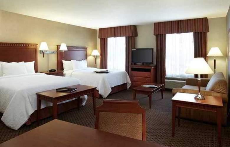 Hampton Inn & Suites Montreal - Hotel - 8