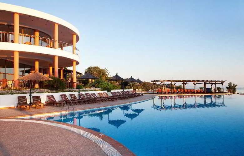 Alia Palace - Hotel - 0