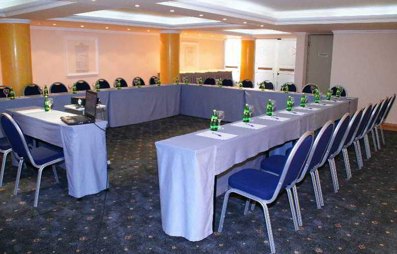 Castello City - Conference - 8