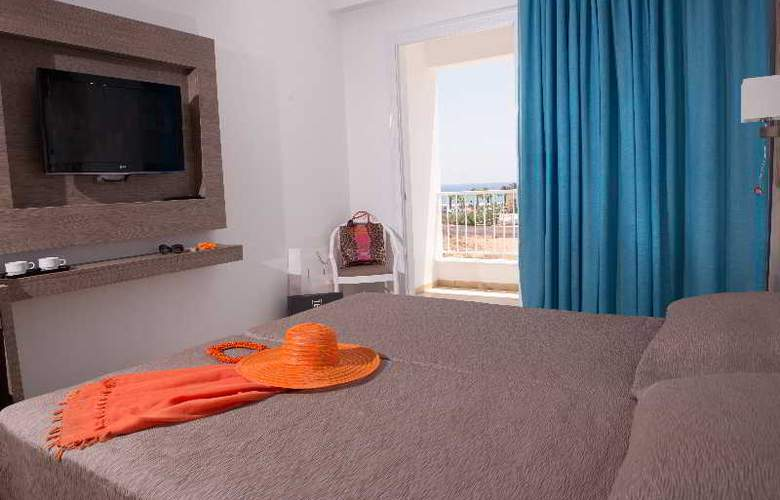 New Famagusta Hotel - Room - 0