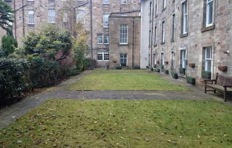 Edinburgh Royal Garden - Hotel - 1