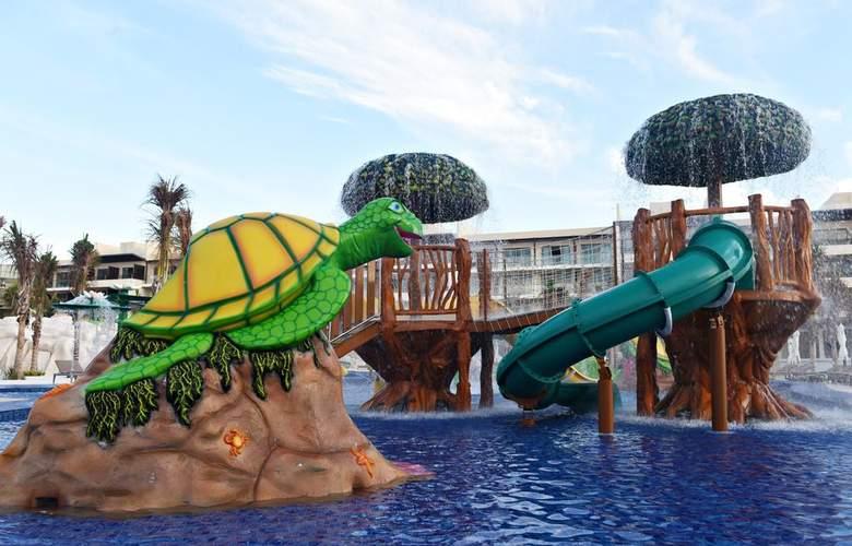 Royalton Riviera Cancun - Pool - 2