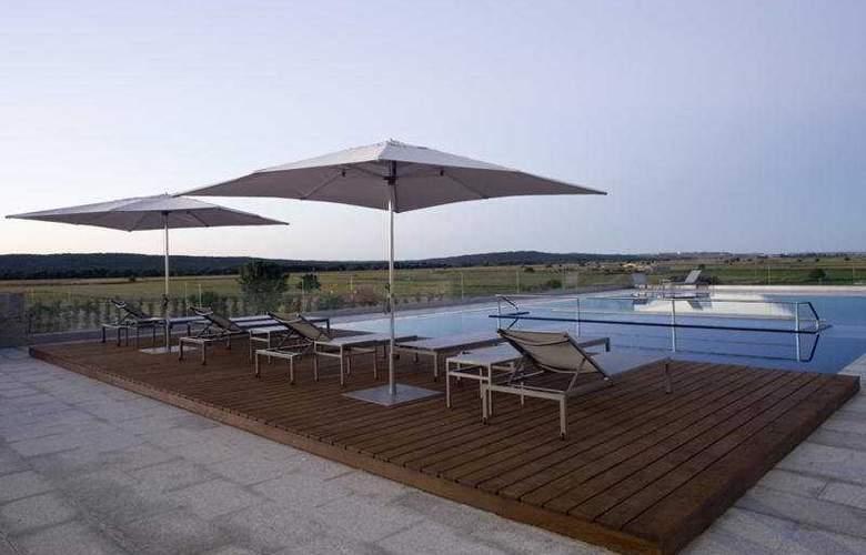 Valbusenda Hotel Resort & Spa - Pool - 8
