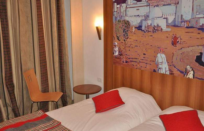 Carlton Tunis - Room - 1