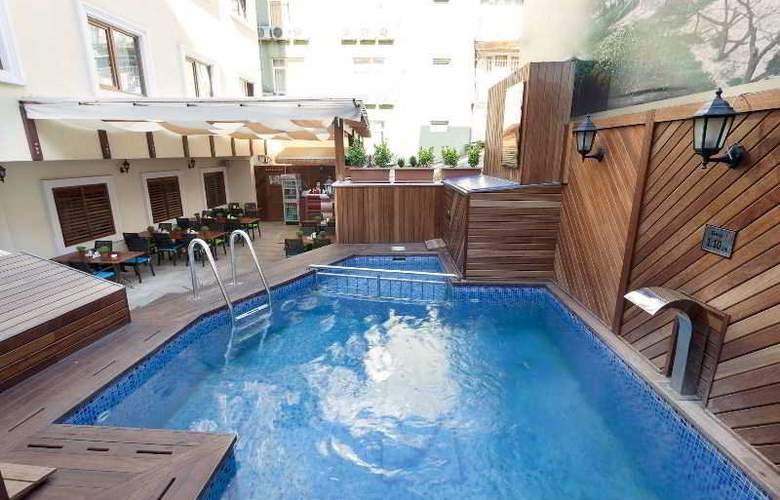 Sorriso Hotel - Pool - 13