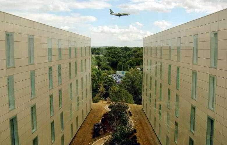 Hilton London Gatwick Airport - General - 3