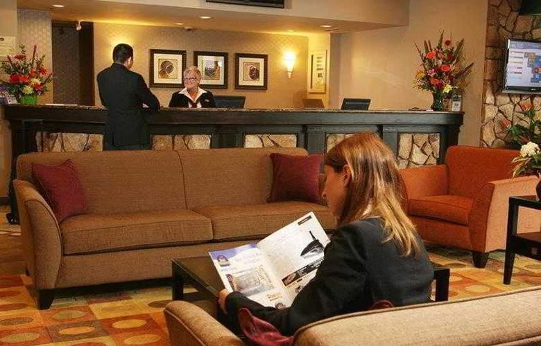 Best Western Seven Oaks Inn - Hotel - 22