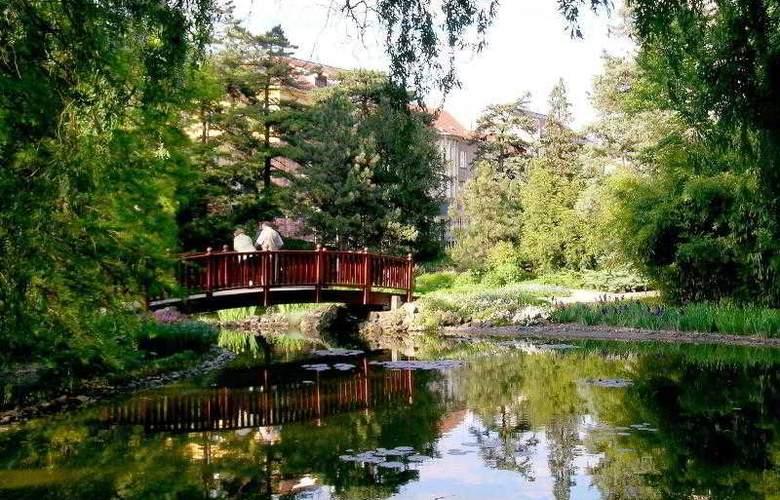 Sheraton Zagreb - Hotel - 7