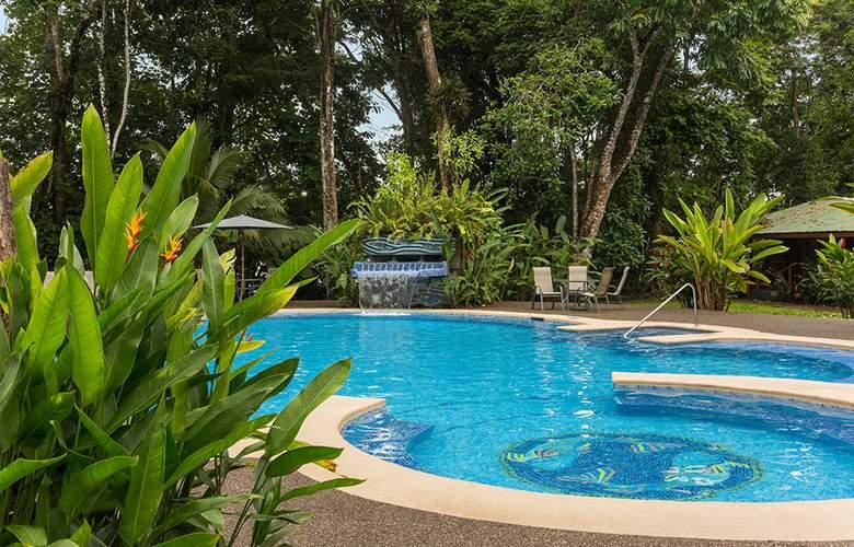 Laguna Lodge - Pool - 2