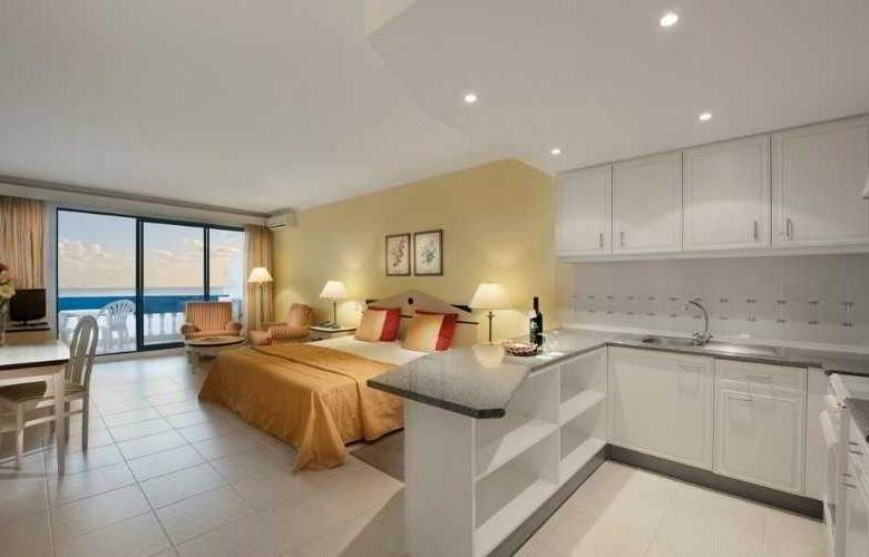 Royal Orchid - Room - 4