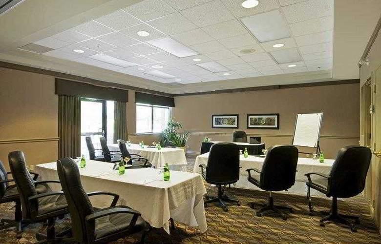 Best Western Brant Park Inn & Conference Centre - Hotel - 23