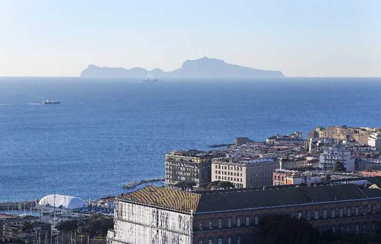 NH Napoli Panorama - Hotel - 12